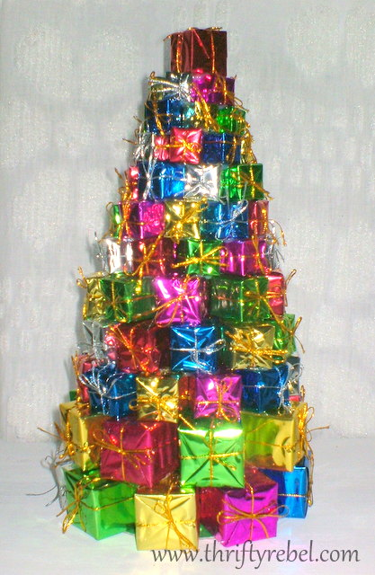 dollar store christmas tree of presents - 99 Cent Store Christmas Decorations