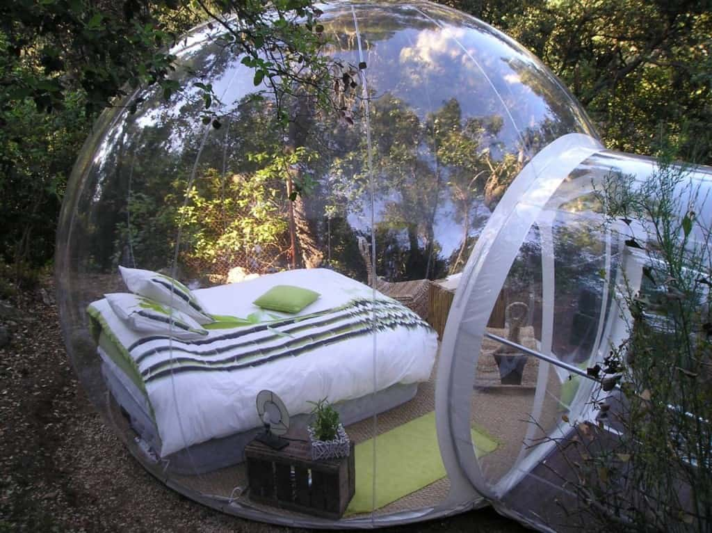 2-bubble-bedroom1 & Inflatable Bubble Tents Take Camping To A Whole New Level ...