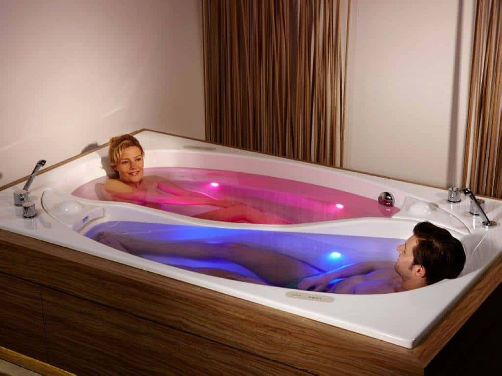 This His And Her Bathtub Will Forever Change How You & Your Lover ...