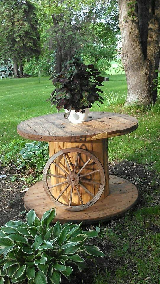 27 Fantastic Diy Ways To Repurpose An Old Wooden Wire