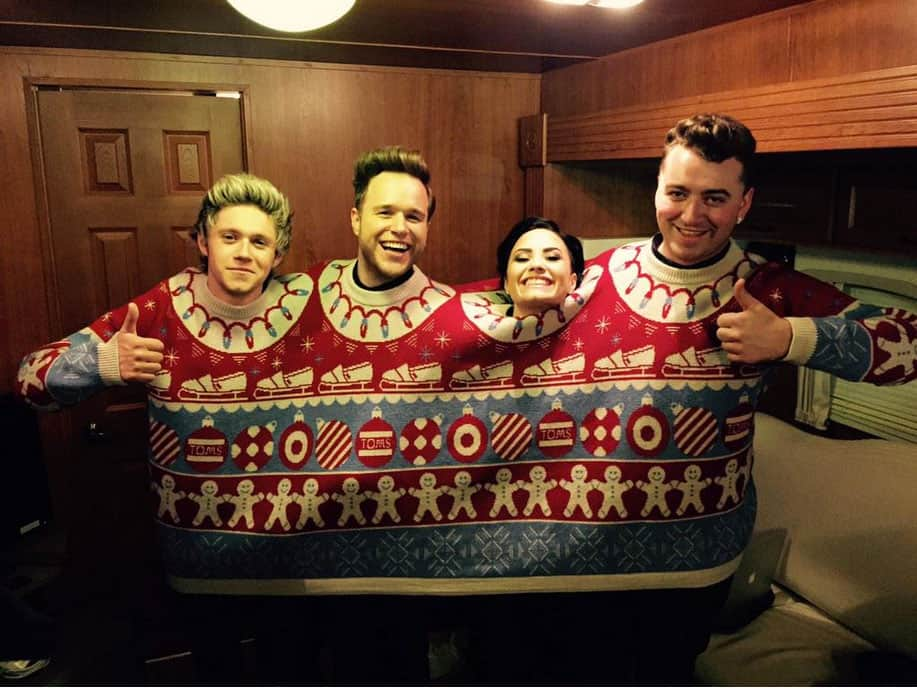 ugly sweater parties dont stopeven when you are famous - The Best Ugly Christmas Sweaters