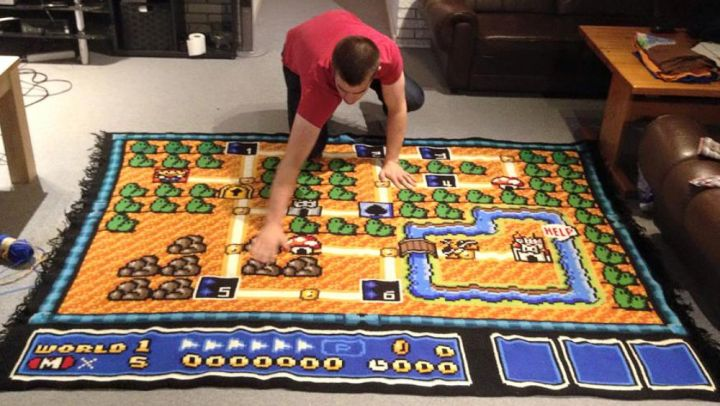 Man Spends Six Years Crocheting One Super Mario Bros 3 Map