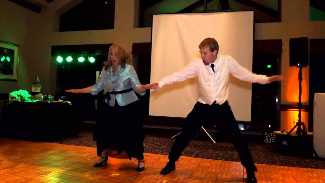 This Has To Be One Of The Best Mother & Son Wedding Dances Of All ...