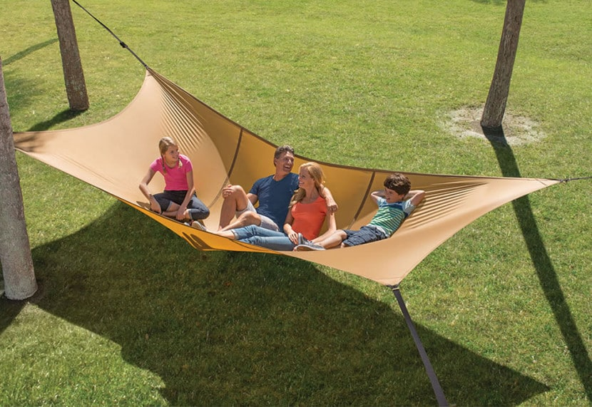 This Massive Hammock Will Comfortably Seat Up To Five Adults ...