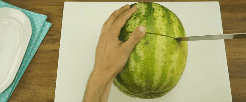 The New And Improved Way To Slice A Watermelon For Easy To Eat