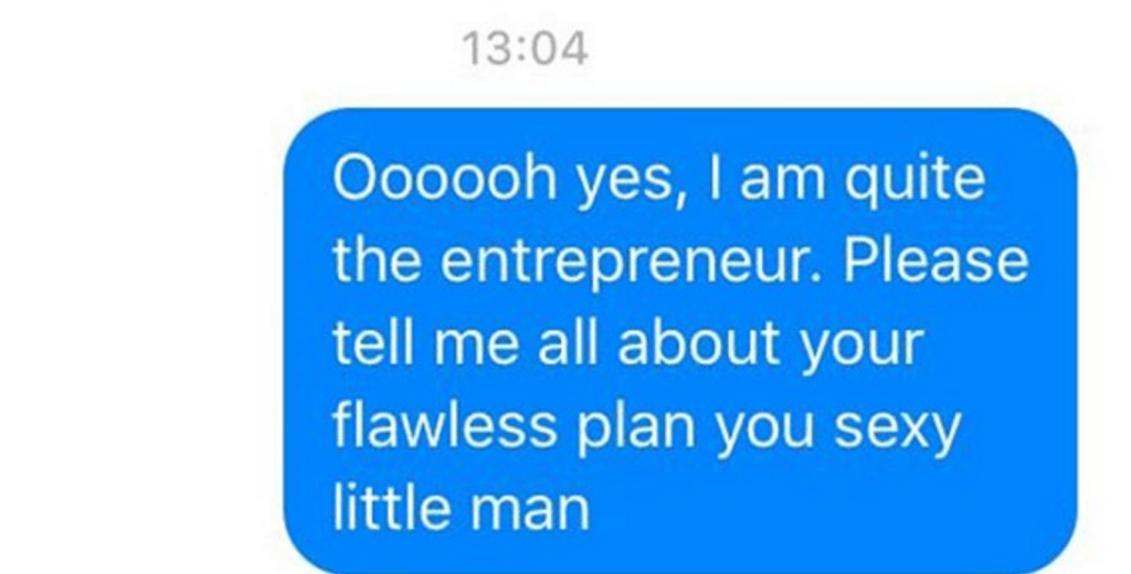 Man Messes With Online Scammer With Hilarious Text Messages
