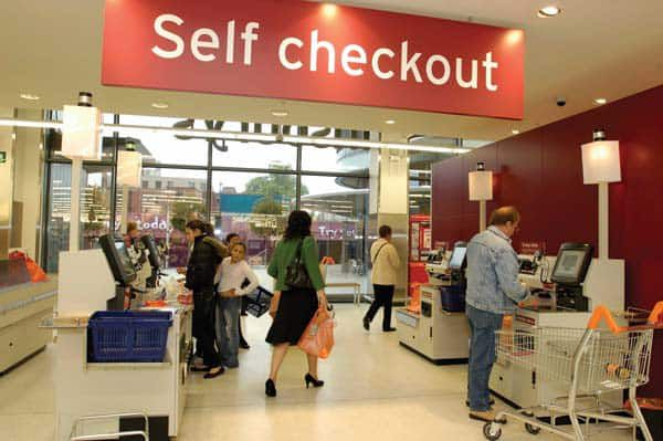 Thieves Caught In The Act Of Scamming Self-Checkout Machine